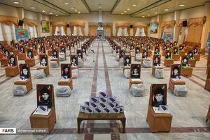 عکس/ اهدای ۳ هزار تبلت به دانشآموزان کم برخوردار