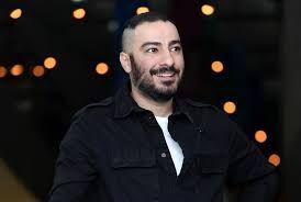 واکنش توییتریها به تیپ جنجالی نوید محمدزاده