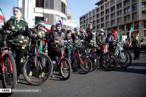 عکس/ حضور نسل سوم انقلاب در راهپیمایی ۲۲بهمن