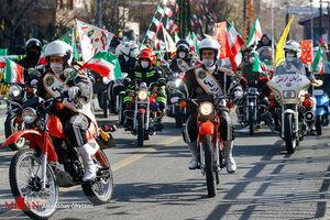فیلم/ حضور پرشور موتورسواران در راهپیمایی ۲۲ بهمن
