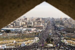 جشن دلباختگان انقلاب اسلامی ایران در کشمیر +فیلم