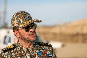 انقلاب مقتدر خواهد ماند/ دشمنان از مقابله با ایران فروگذار نکردند