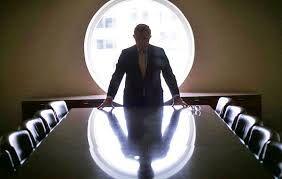 فقط مدیرهای پنجاه و هفتی میتوانند مملکت را نجات دهند