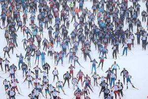 تصویری جالب از مسابقه اسکی در روسیه