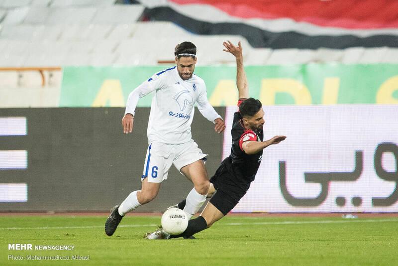 دیدار تیم های فوتبال پرسپولیس تهران و پیکان