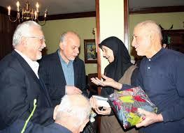 پای لیبرالها بعد از ۳۳ سال به حسینیه جماران باز شد!/ فرش قرمز بهزاد نبوی، زیر پای نهضت آزادی
