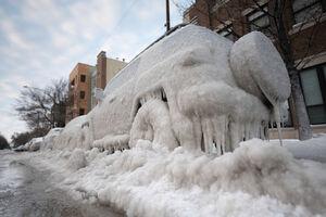 عکس/ شیکاگو یخ زد