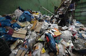 غربیهای با فرهنگ آشغالهاشون رو زمین نمیریزند!+عکس