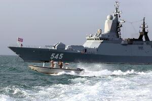 فیلم/ تقابل با دزدان دریایی در رزمایش ایران و روسیه