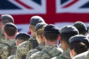 وزیر دفاع انگلیس: صدها نظامی به عراق اعزام میکنیم