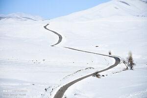 تصاویر دیدنی از بارش برف در استان مرکزی