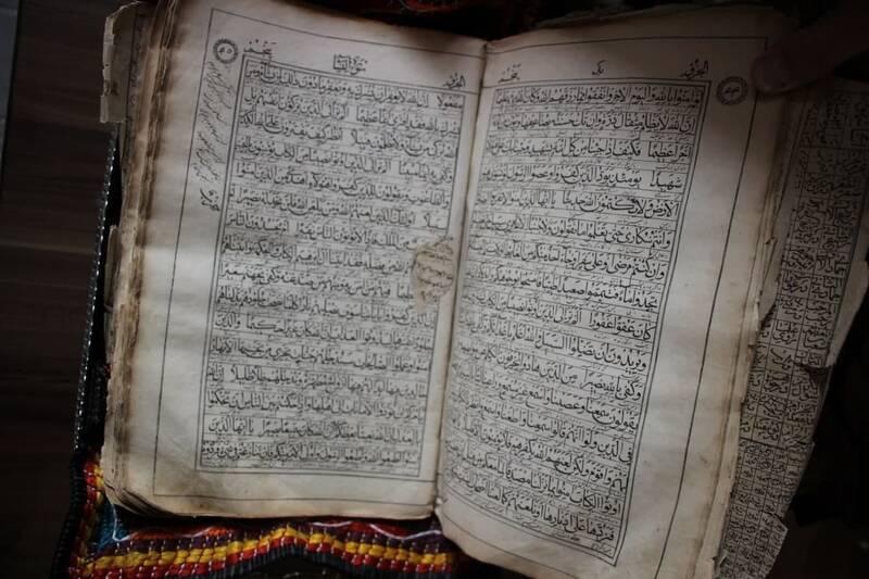 اهدا لباس سرتیپی ۱۱۶ ساله به موزه قاجار تبریز +عکس