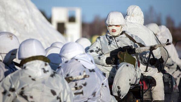 رزمایش بزرگ ارتش روسیه در کریمه با مشارکت ۳ هزار نیروی هوابرد