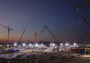مرگ بیش از ۶ هزار کارگر خارجی در دوران آمادهسازی قطر برای جام جهانی ۲۰۲۲