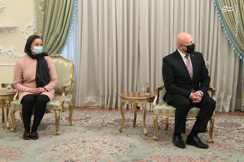 دریافت استوارنامه سفیر جدید اسلواکی
