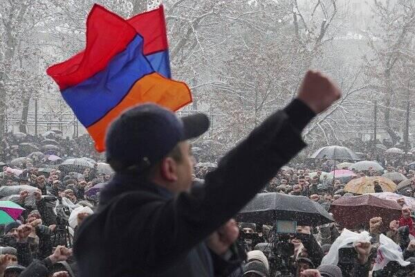 در ارمنستان چه میگذرد؟