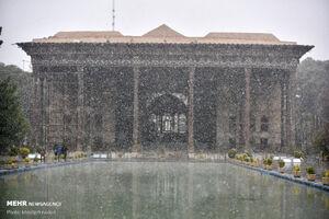 عکس/ اولین برف زمستانه در اصفهان