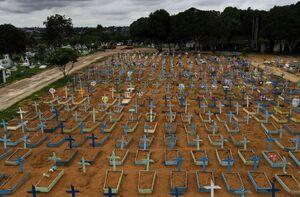 عکس/ قبرستان قربانیان کرونا در برزیل
