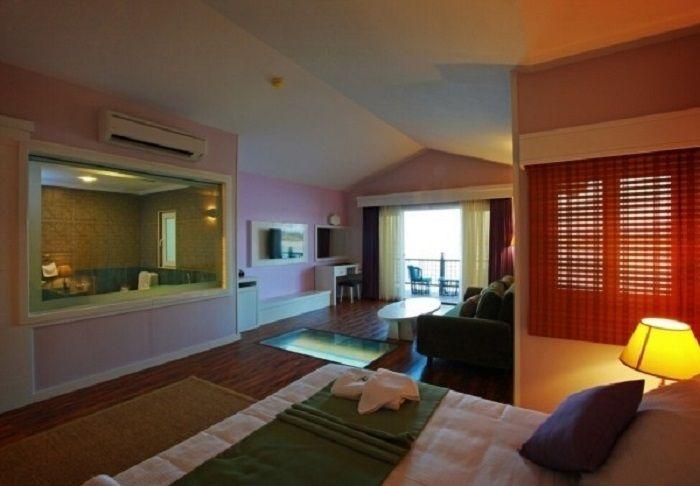 اقامت در هتل ترنج کیش چه مزایا و جذابیت هایی دارد؟