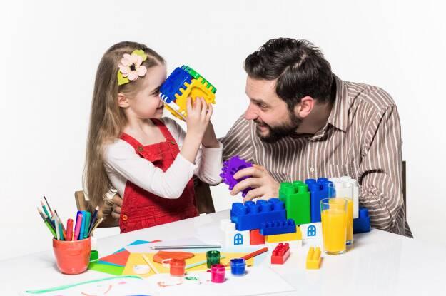 نحوه بازی کردن فعال با کودکان چگونه است؟
