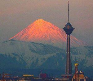 عکس/قاب زیبا از قله دماوند