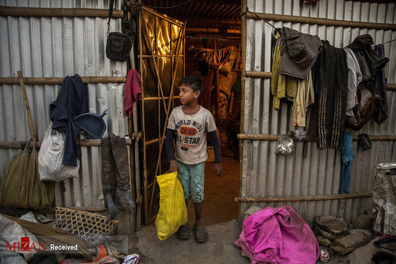 عکس/ یک روز از زندگی کودک هندی