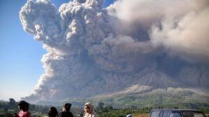 فیلم/ فوران وحشتناک آتشفشان در اندونزی
