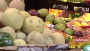 تبلیغات جالب یک فروشگاه مواد غذایی +فیلم
