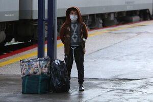 انجام آزمایش کرونا در ایستگاههای راهآهن/مسافران خوزستان ملزم به ارائه تست منفی کرونا هستند - کراپشده