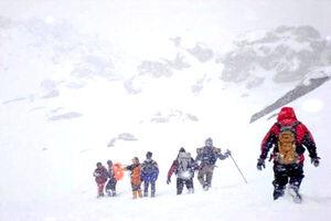 نجات گروه ۵ نفره کوهنوردی در ارتفاعات توچال