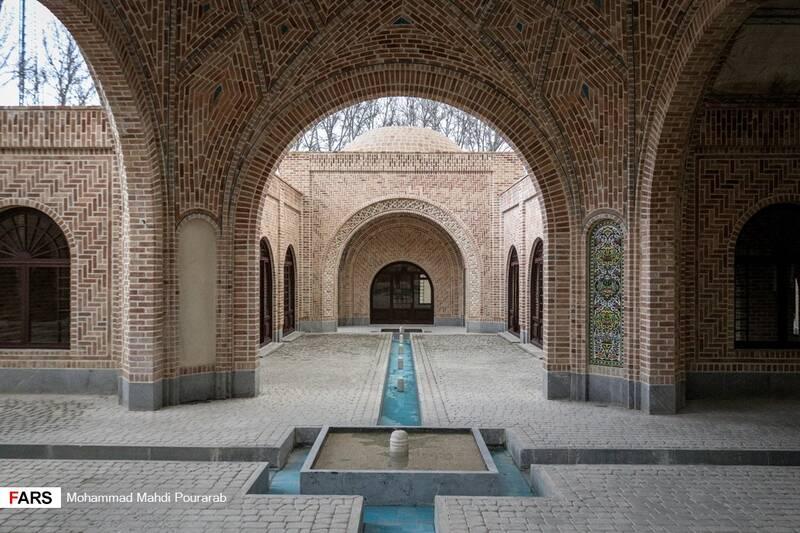 حمام فین کاشان و بازارچه سنتی در پارک ملی ایران کوچک
