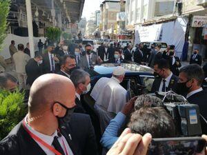فیلم/ بدرقه پاپ از محل دیدار با آیت الله سیستانی