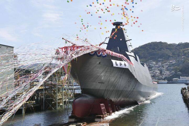 به آب اندازی ناو جدید برای ارتش ژاپن+عکس