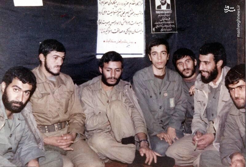 شهید «حاج محمدابراهیم همت» در کنار شهیدان مهدی زین الدین و غلامرضا صالحی