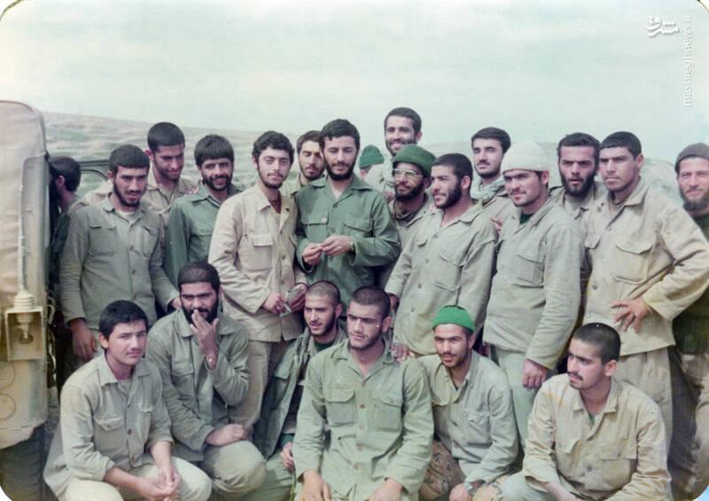 شهید «حاج محمدابراهیم همت» در کنار شهیدان محسن نورانی و احمد نوزاد و عباس کریمی