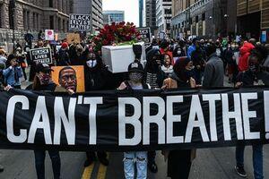 تظاهراتکنندگان آمریکایی خواستار اجرای عدالت درباره قاتل «جورج فلوید» شدند - کراپشده