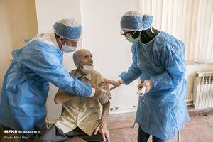 عکس/ واکسیناسیون سالمندان در تبریز