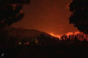 کنترل آتش کالیفرنیا از دست آتش نشانان خارج شد+ فیلم