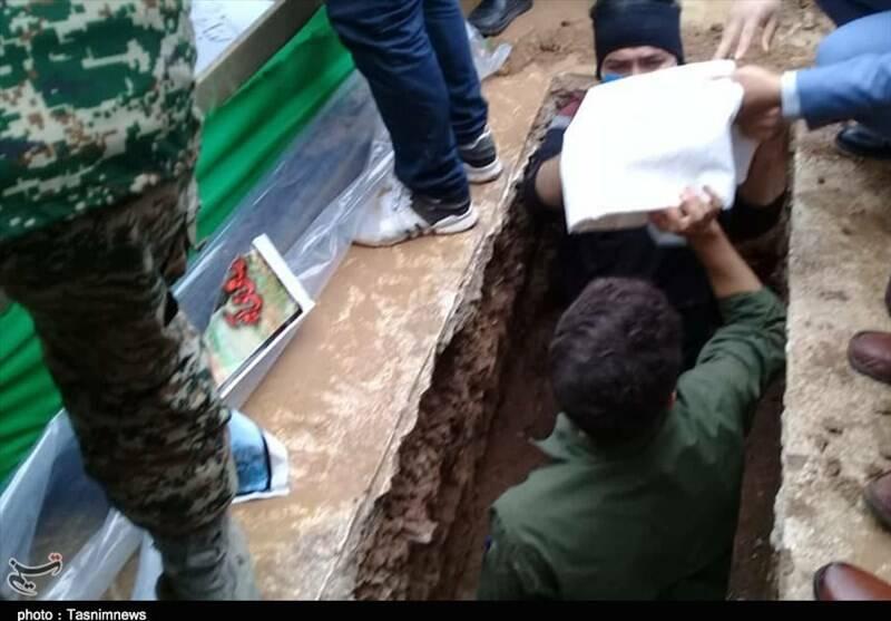 تشییع پیکر شهید مدافع حرم پس از ۷ سال در پاکدشت +عکس