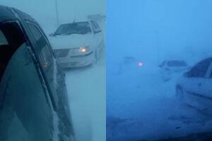عکس/ گرفتار شدن خودروها در کولاک گردنه گدوک
