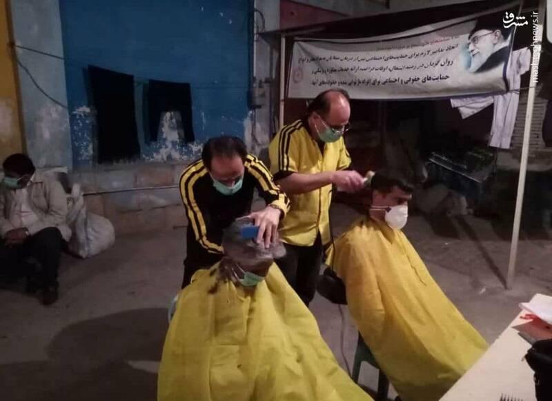 عیدی آرایشگران شیرازی به زبالهگردها و بیخانمانها +عکس