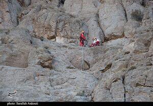 نجات جان زن کوهنورد پس از ۱۴ ساعت تلاش