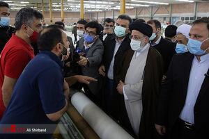 عکس/ بازدید رئیس قوه قضاییه از کارخانه نساجی قائمشهر