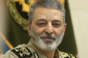 پیام تبریک فرمانده کل ارتش به مناسبت روز پاسدار