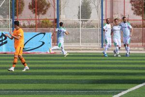 منصوریان با پیروزی به لیگ برتر بازگشت
