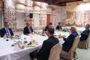 ناهار ظریف در استانبول