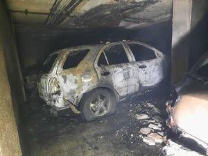 عکس/ آتشسوزی شدید در مجتمع مسکونی ۳۵ واحدی