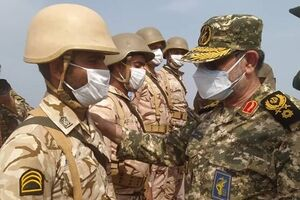 تحویل سال نو در جزیر ه تنب بزرگ با حضور فرمانده نیروی دریایی سپاه+عکس - کراپشده