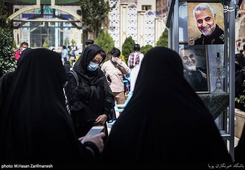 تحویل سال در کنار مزار مطهر سردار شهید قاسم سلیمانی