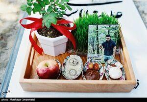 عکس/ آغاز سال نو در کنار مزار اموات